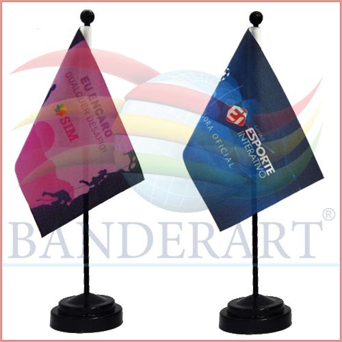BANDEIRINHA-HASTE-E-BASE-PRETA-04