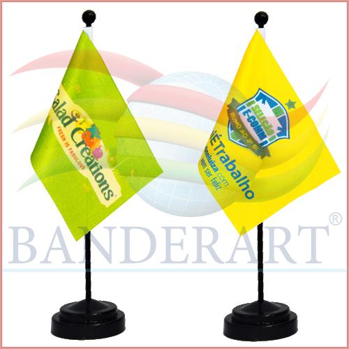 BANDEIRINHA-HASTE-E-BASE-PRETA-08